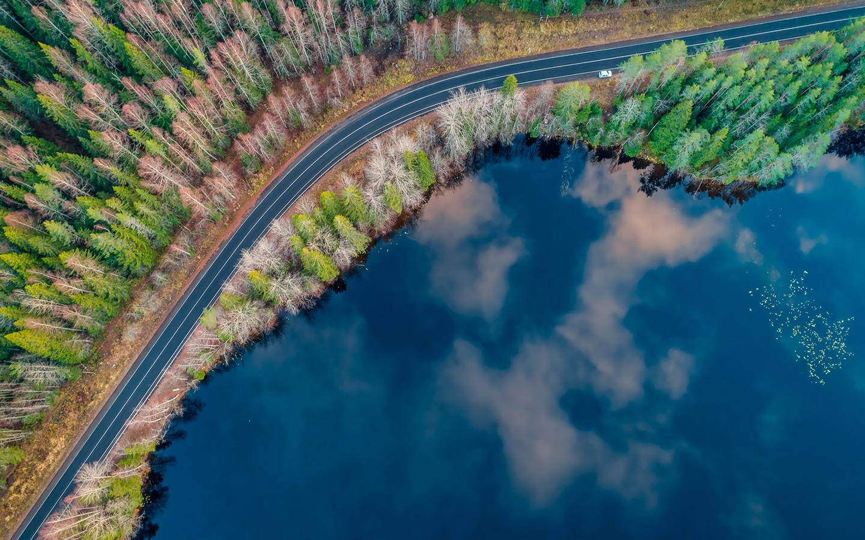 <p>Карелия. Вид на озеро</p>