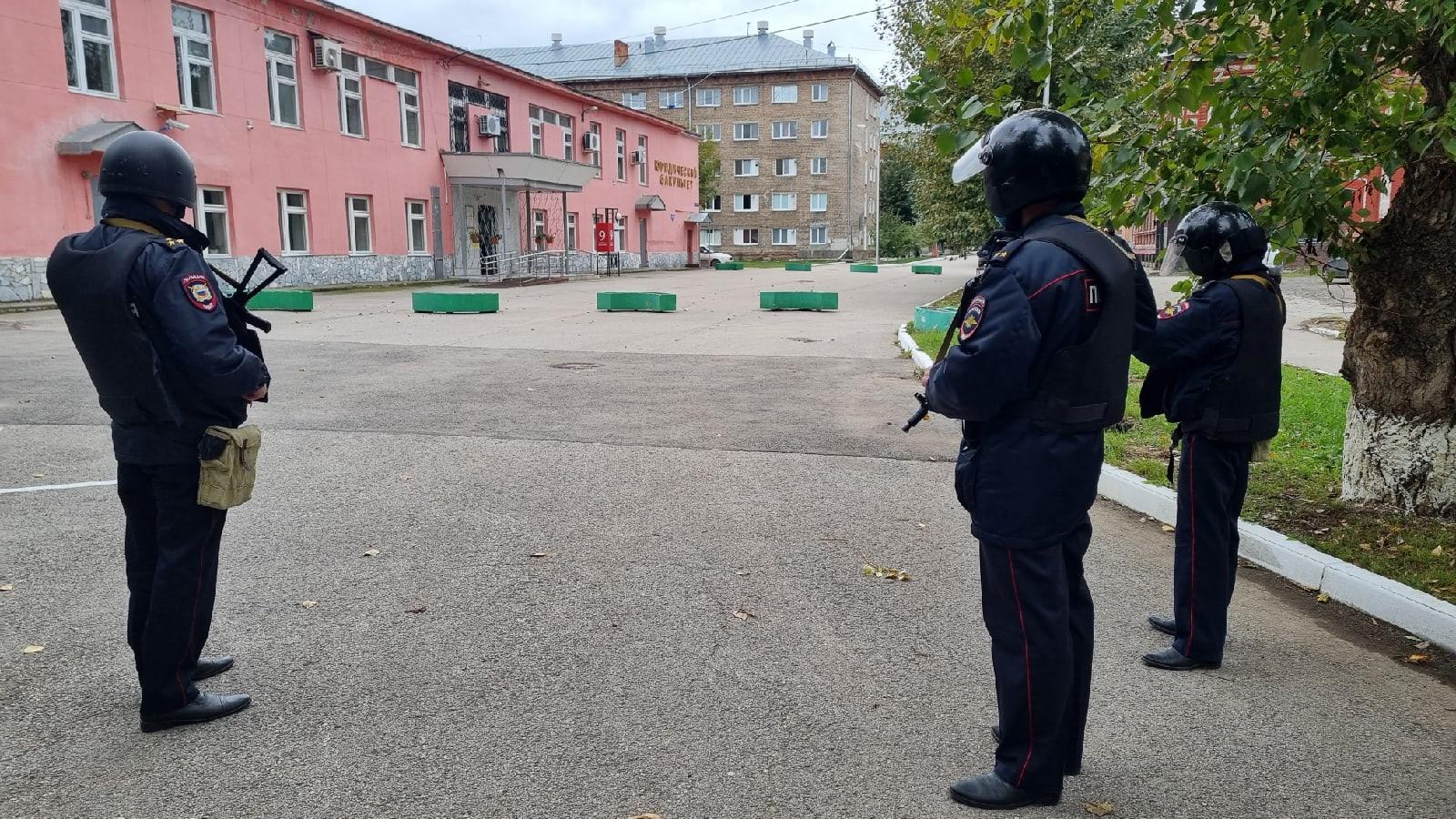Минздрав рассказал о состоянии стрелка и пострадавших в ПГНИУ