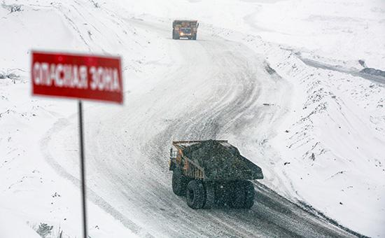 Добыча угля наодном изугольных месторождений вРоссии