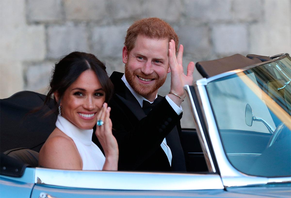 Экономия по-королевски. На чем ездят Меган Маркл и принц Гарри
