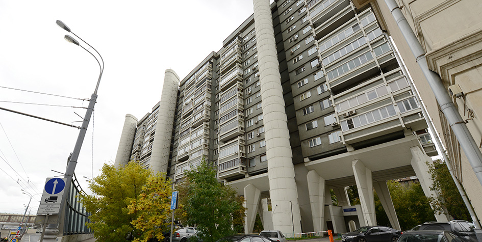 Жилой дом на Беговой улице, построенный архитектором Андреем Меерсоном в 1978 году как гостиница для Олимпиады-80