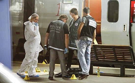 Сотрудники полиции упоезда Амстердам — Париж