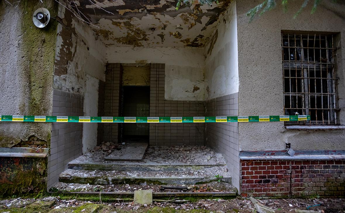 Место взрыва ввоенном складев Врбетице