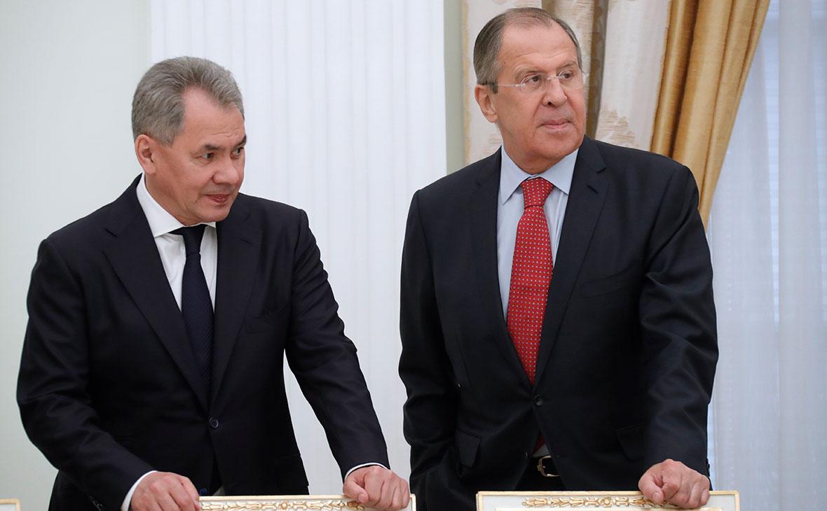 Сергей Шойгу и Сергей Лавров (слева направо)