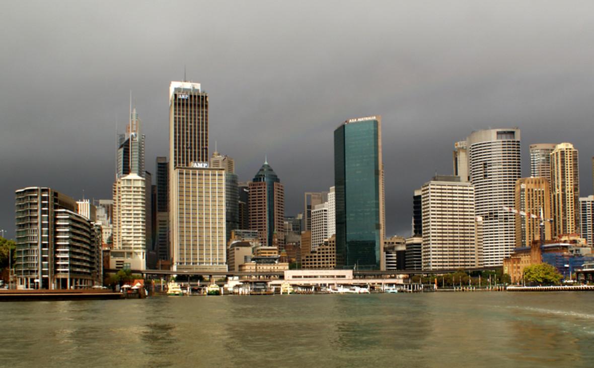 Сидней. Цены на жилье в этом городе растут 27 лет подряд. Одновременно растет экономика Австралии. Когда-нибудь восходящий тренд должен закончиться, считает Bloomberg