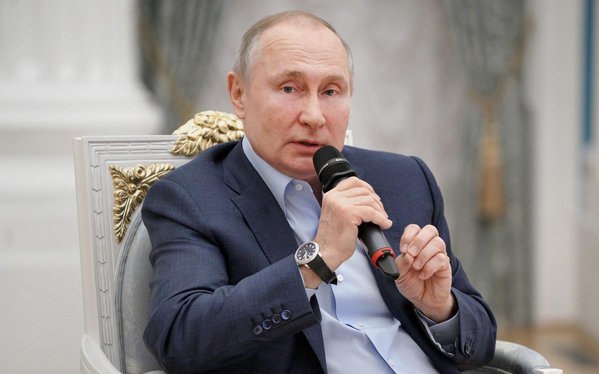 Путин сообщил об оставшихся после спада пандемии опасных вызовах