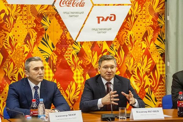 Александр Моор (слева) и Владимир Якушев