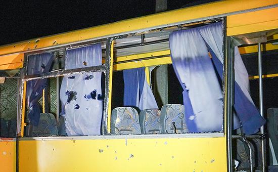 13 января. На месте обстрела рейсового автобуса около города Волноваха