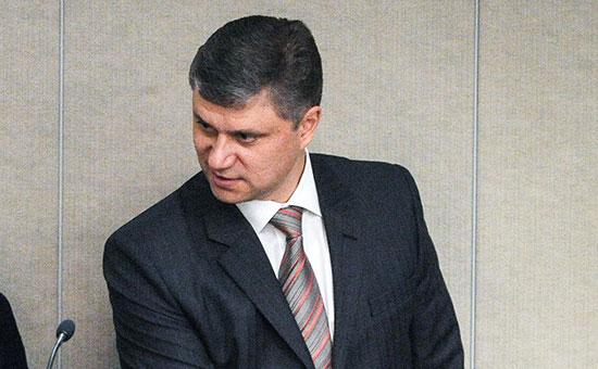 Чтобы справиться с руководством РЖД, Олегу Белозерову придется набрать аппаратный вес не меньше, чем у Владимира Якунина