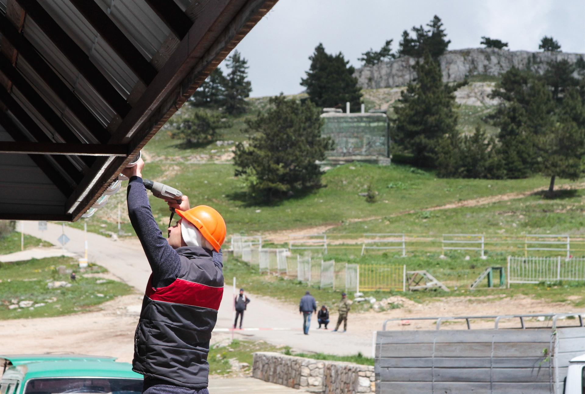 Демонтаж самовольно построенного объекта в Крыму