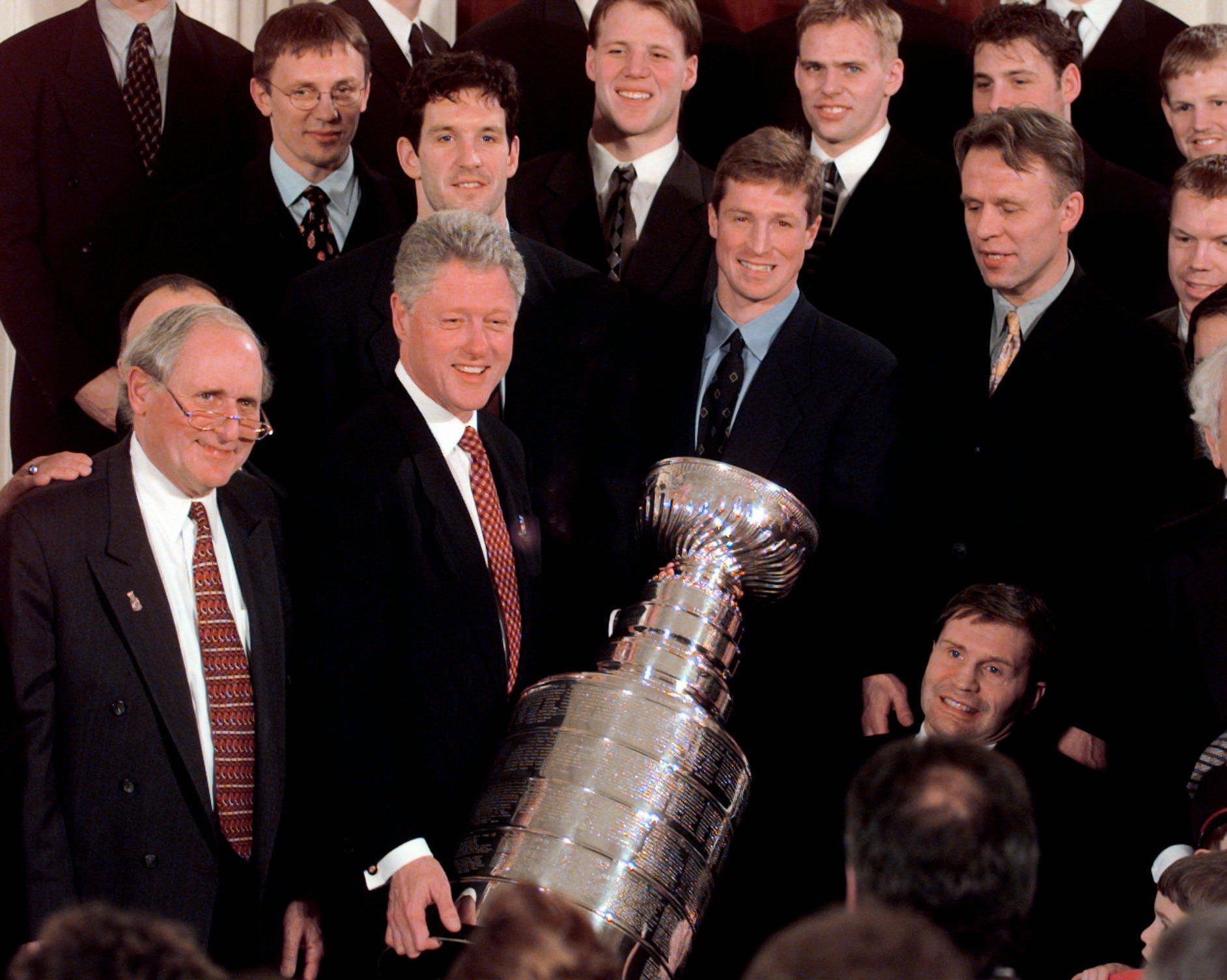 30 января 1998 года. «Детройт» на приеме у президента США Билла Клинтона