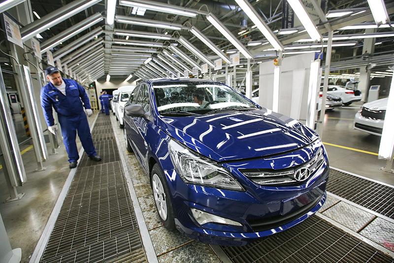1. Hyundai Solaris  Сколько продано автомобилей впервом квартале 2016 года:21,4тыс.  Разница спервым кварталом 2015 года: снижение на13,7%.  Место вренкинге запервый квартал 2015 года: 2-е.