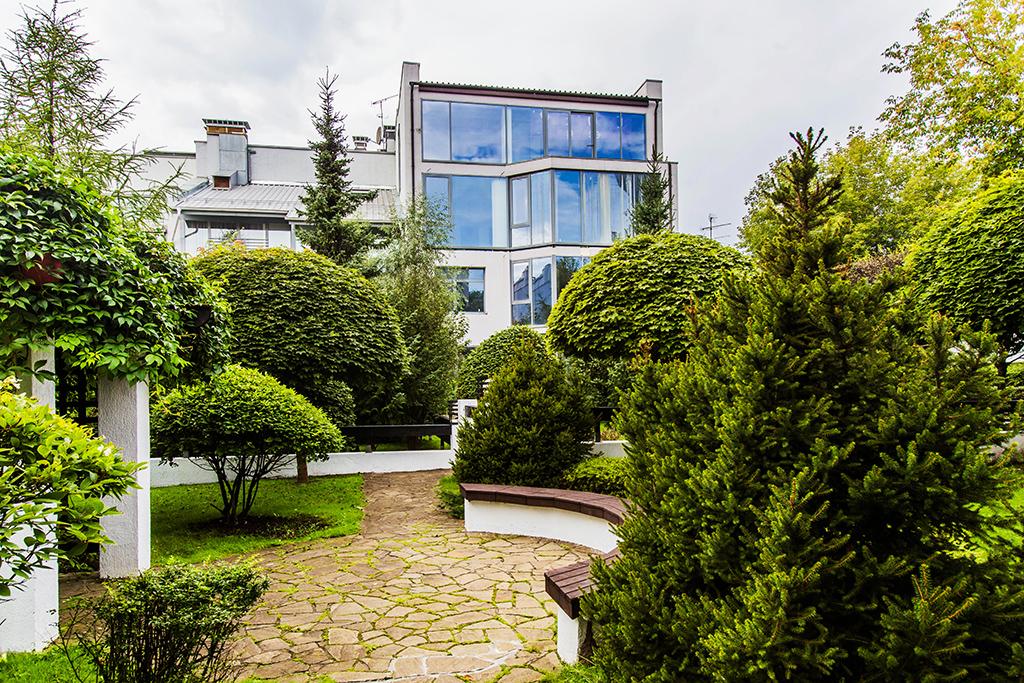 Silver Place   Стоимость: 355,4 млн руб. Площадь: 704 кв. м   Фасад