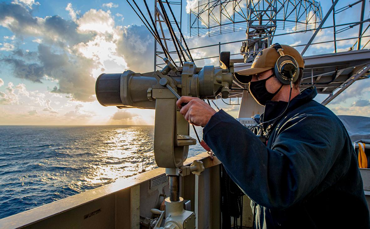 США заявили о планах отправить военные корабли в Черное море