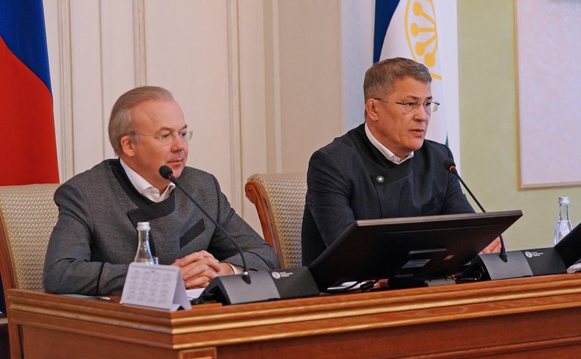 Премьер-министр РБ Андрей Назаров иглава региона Радий Хабировна оперативном совещании в правительстве 14 октября 2020 г.