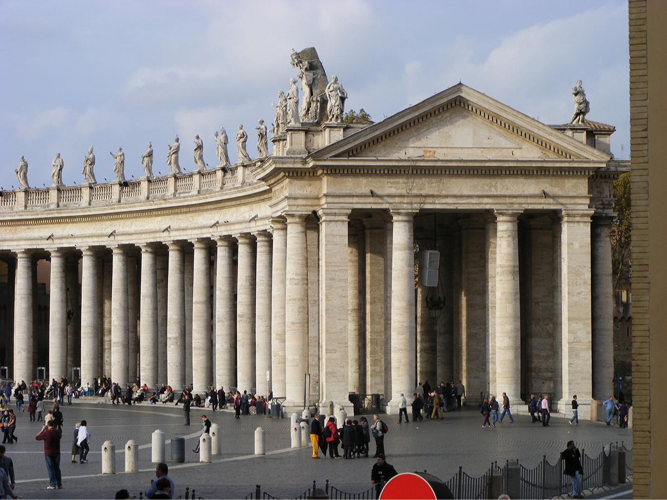 Архитектура классицизма стремилась к симметрии и пропорциям