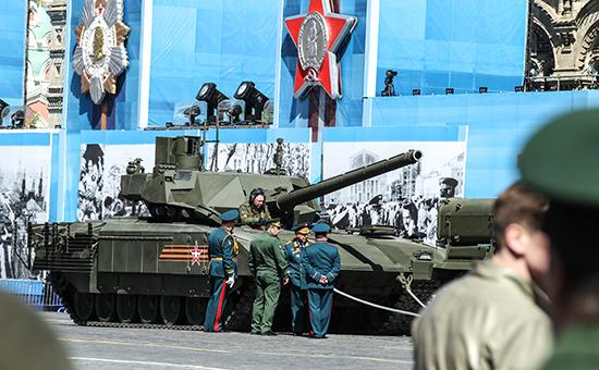 Танк «Армата», заглохший на генеральной репетиции парада Победы на Красной площади