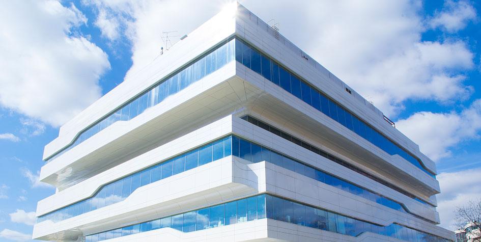 Офисное здание Dominion Tower архитектора Захи Хадид