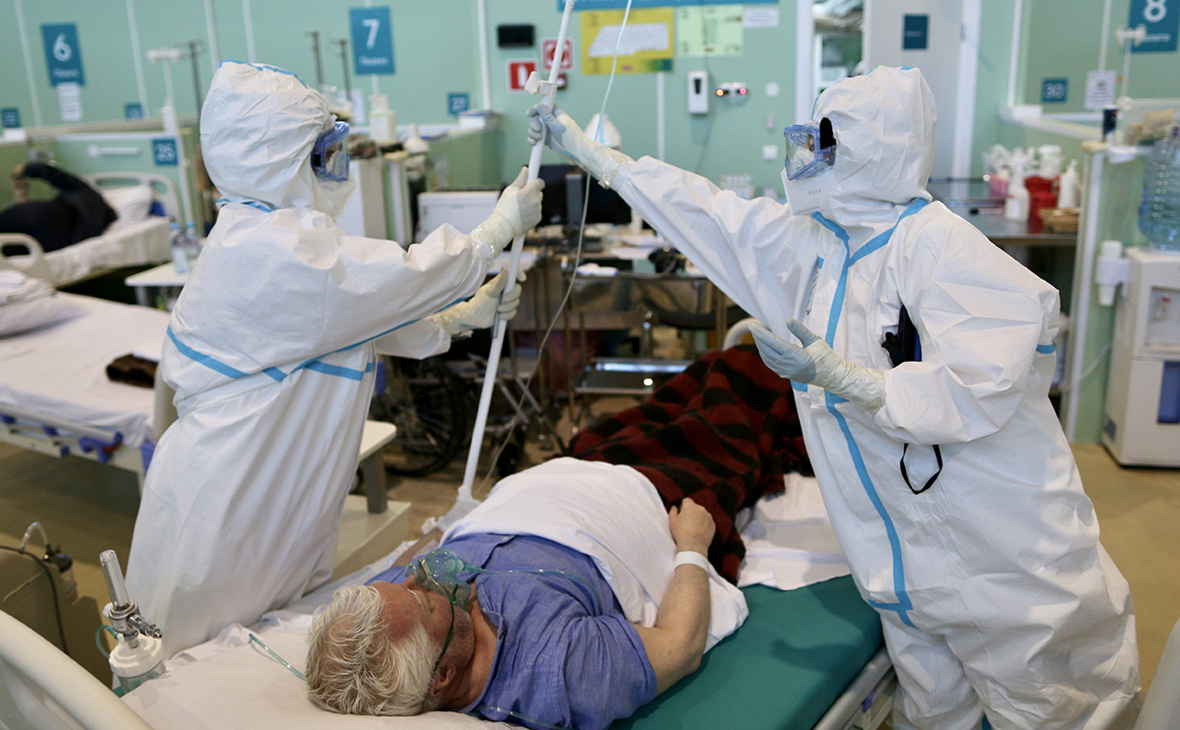 В Москве выявили менее 3 тыс. новых случаев заражения коронавирусом