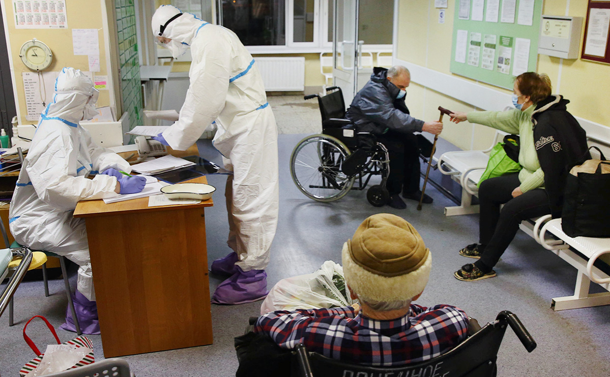 В Петербурге выявили минимальное с конца ноября число заболевших COVID