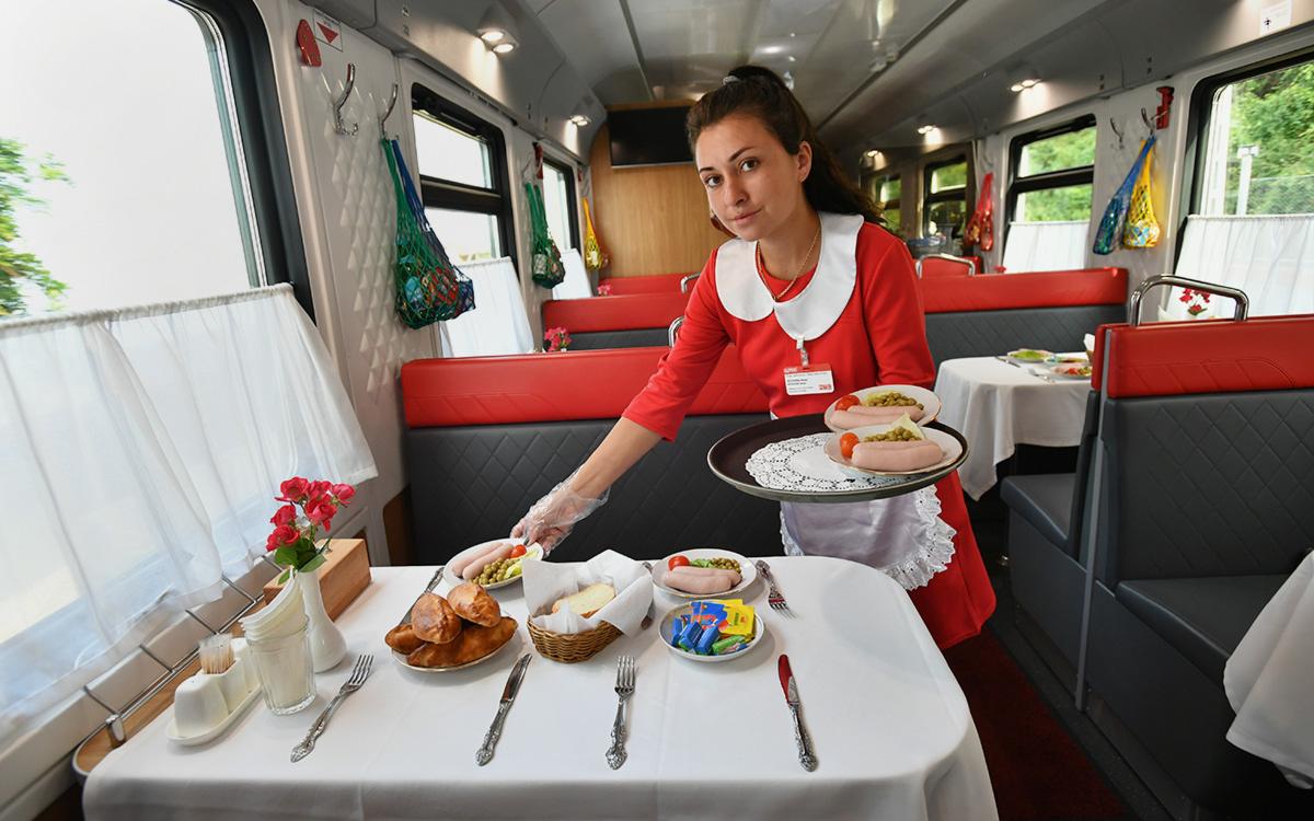 РСТ предупредил о плохом влиянии отказа от вагонов-ресторанов на туризм