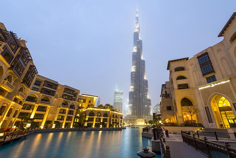 Башня «Бурдж-Халифа» в Эмиратах
