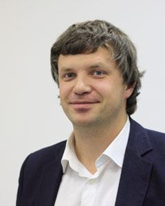 Максим Лещев