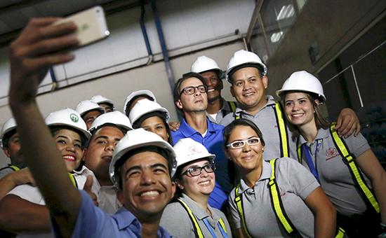 Бизнесмен Лоренсо Алехандро Мендоса Хименес(в центре)