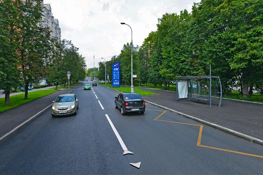 Улица Болотниковская в районе дома №31, 2018 год. Плановый ремонт завершился