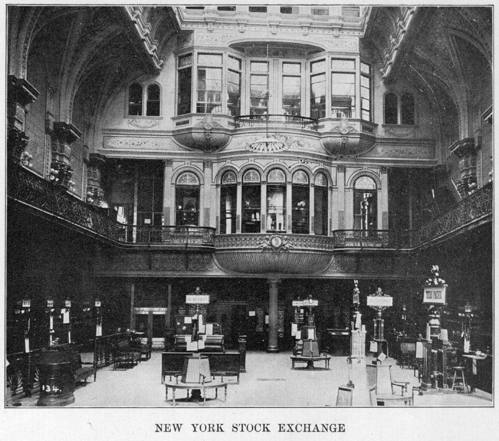 Интерьер Нью-Йоркской фондовой биржи на Уолл-стрит в1930 году