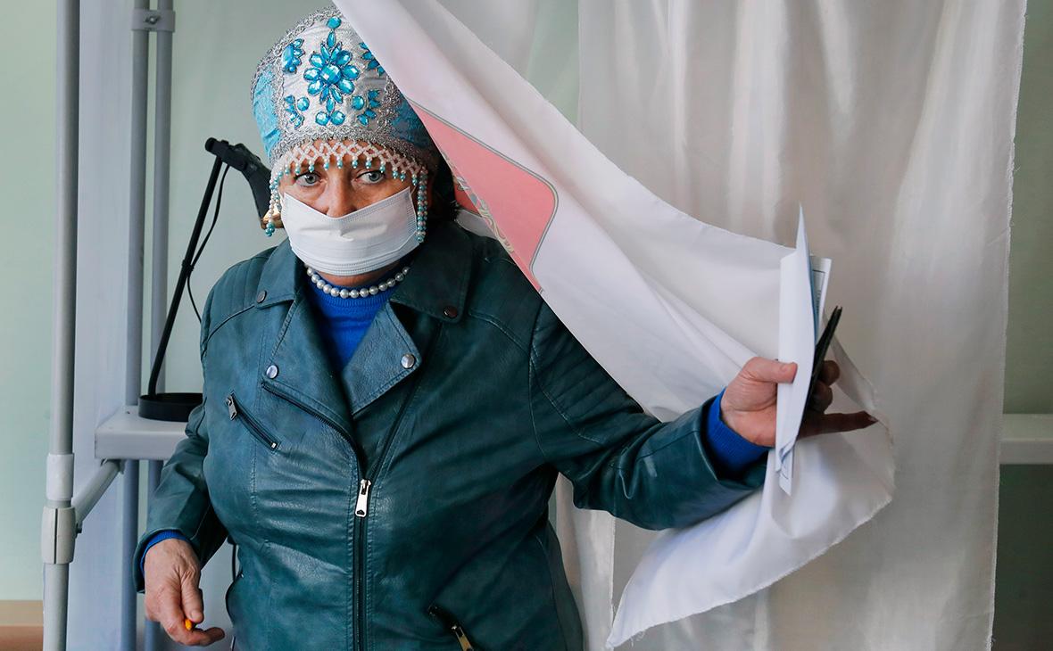 Избирательный участок в деревнеЛупполово, Ленинградская область