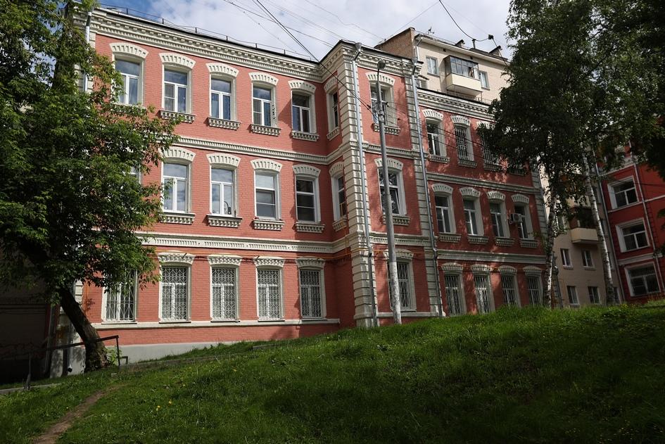 На фото: жилой дом по Варшавскому шоссе, 4