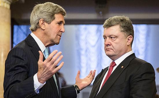 Встреча госсекретаря США Джона Керри и президента Украины Петра Порошенко. Архивное фото