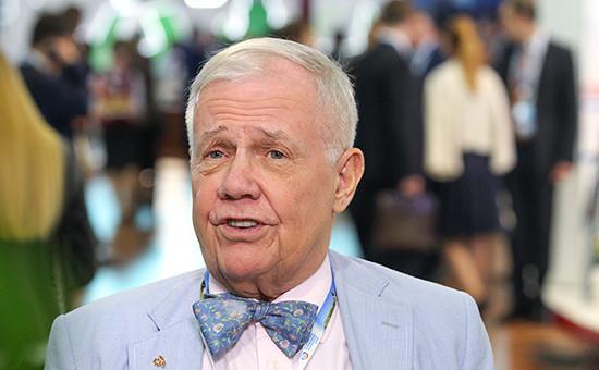 Американский миллиардер Джим Роджерс на Петербургском экономическом форуме, 2015 год