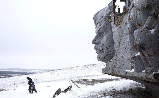 Мемориал Саур-Могила, стратегическая высота в Донецкой области, где проходили ожесточенные бои
