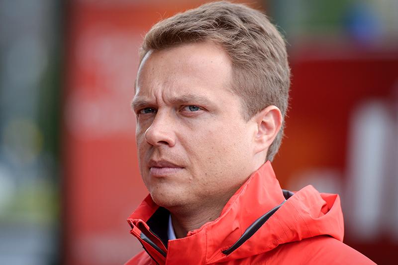 Ответственным за создание платного парковочного пространства был назначен  Максим Ликсутов