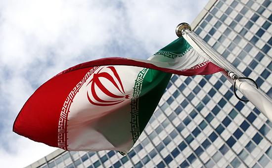 Государственный флаг Ирана