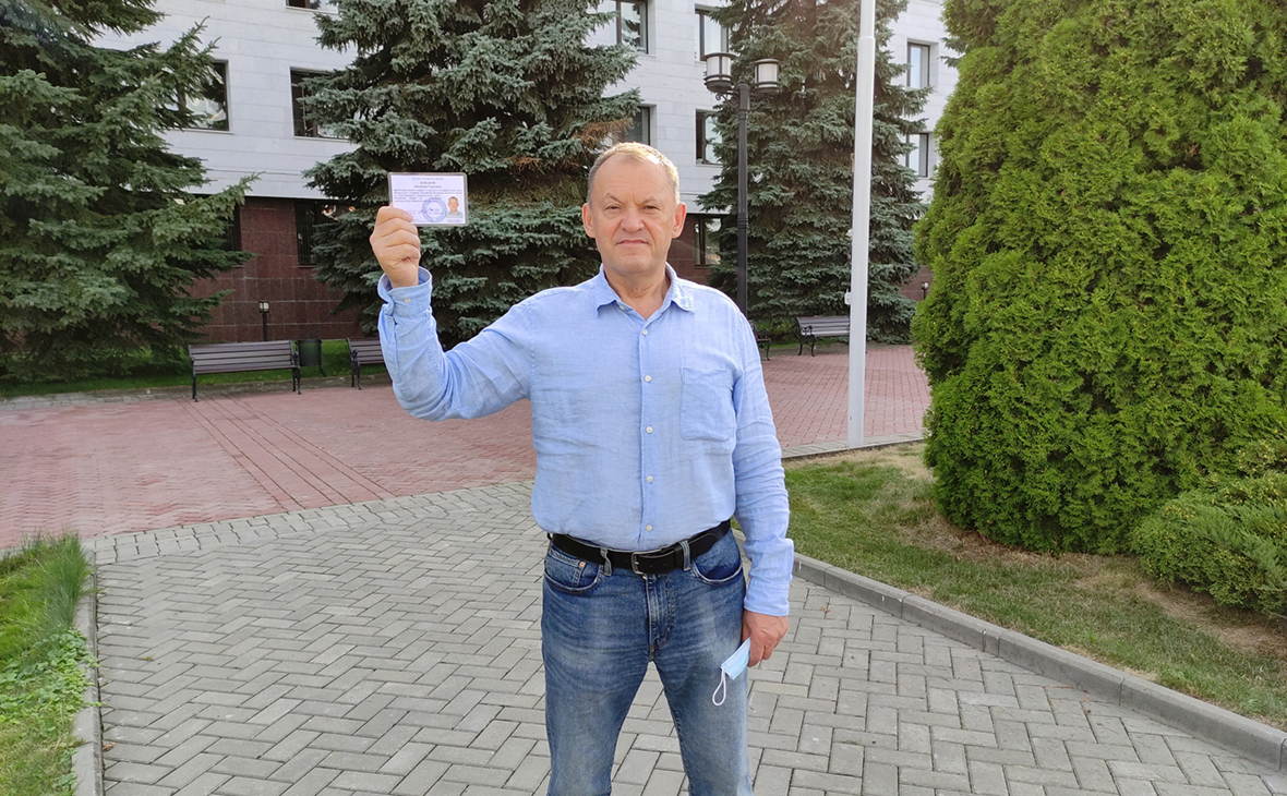 Владимир Кожанов