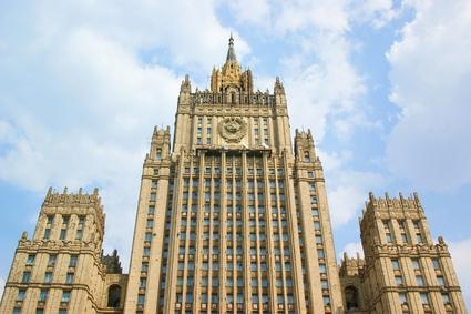 Здание Министерства иностранных дел РФ было построено в 1953г. по проекту архитекторов В. Г. Гельфрейха и М. А. Минкуса и конструкторов С. Д. Гомберга и Г. М. Лимановского. В МИДе 27 этажей, его высота составляет 172 м.