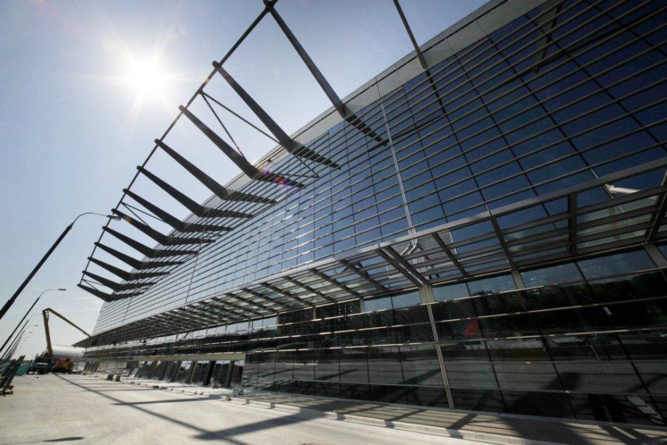 Терминал А аэропорта Внуково стал победителем 20-й российской архитектурной премии «Золотое сечение» в 2015 году. Терминал расположен на участке размером 10,5 га, его длина от привокзальной площади до самого дальнего телетрапа составляет почти 600м, а площадь — 249,7 тыс. кв. м