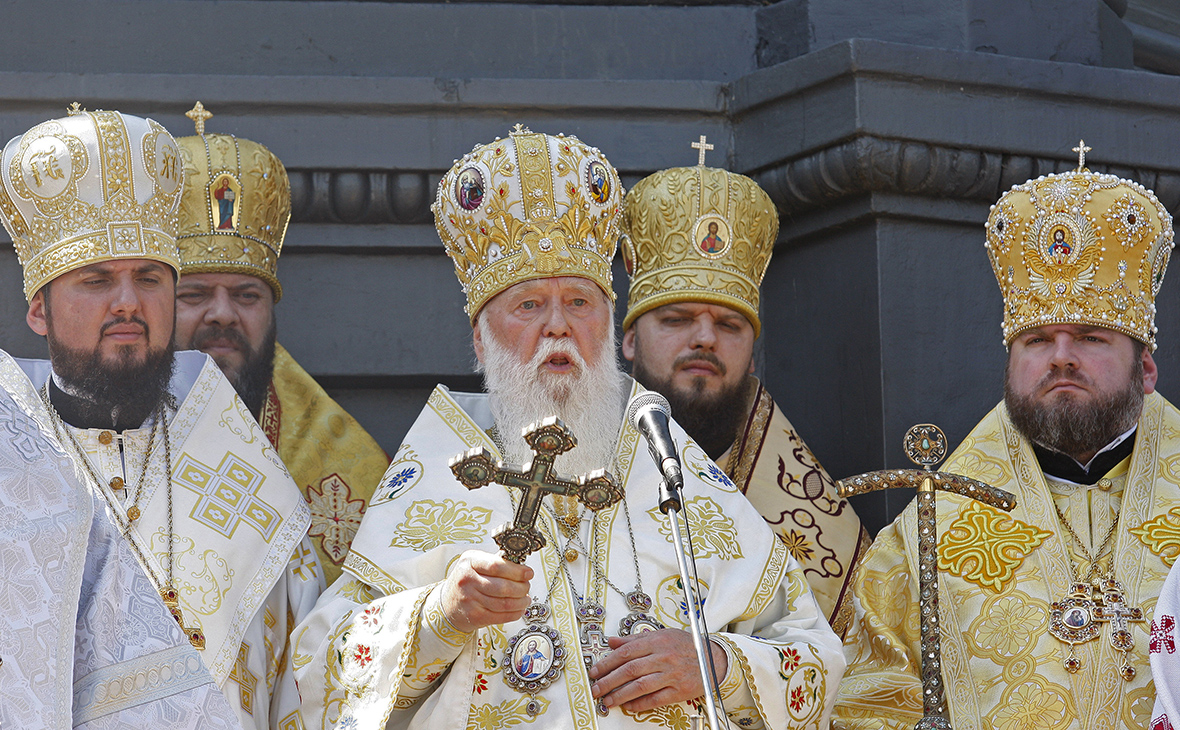 Глава Украинской православной церкви Киевского патриархата Филарет (в  центре) (Фото  Максим Никитин   ТАСС) 9e0a25aa5a9d7