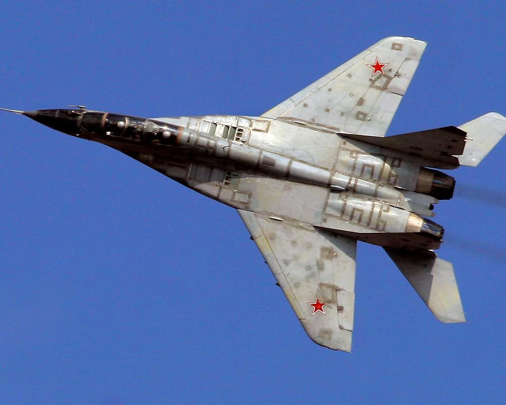 Под Астраханью разбился российский истребитель МиГ-29