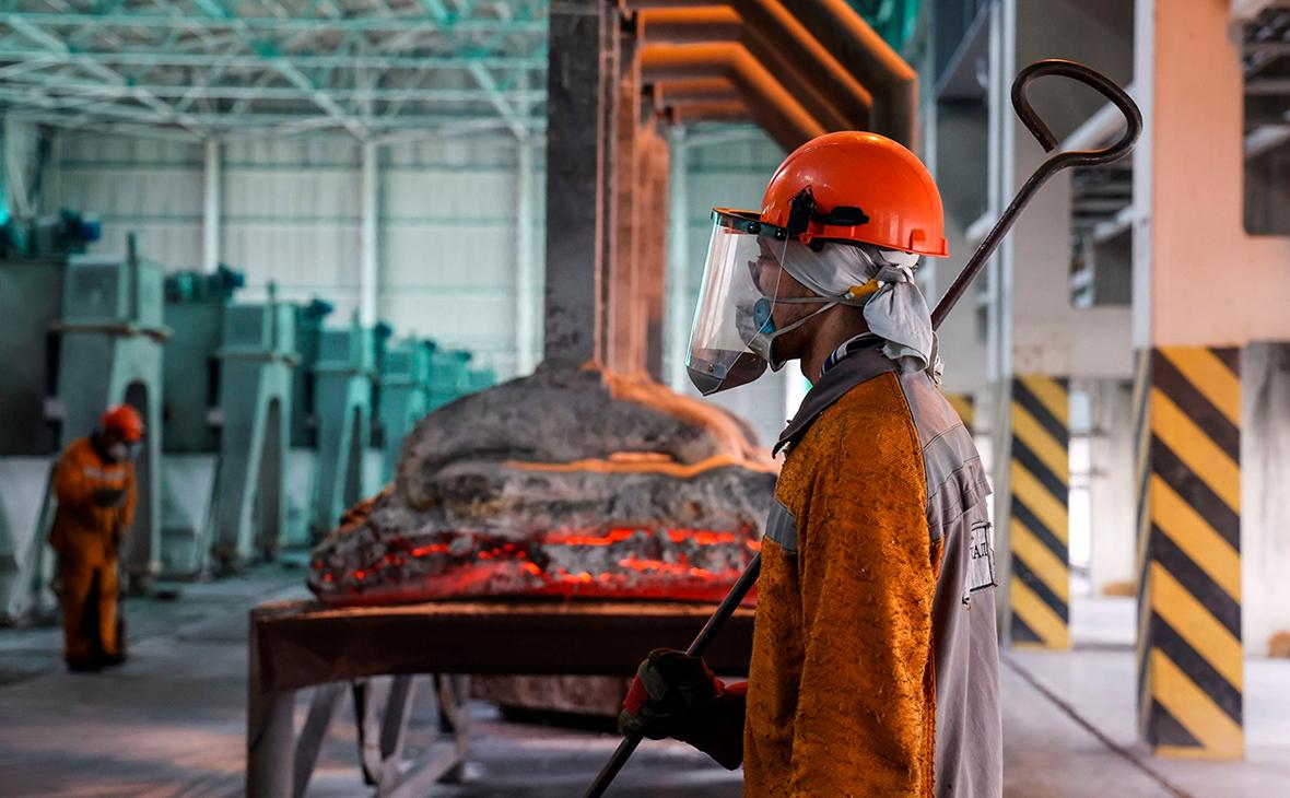 Алюминиевый заводUCRusal в Саяногорске