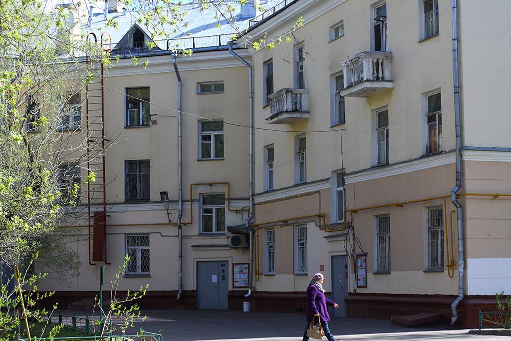 Рабочий поселок  Кирпичные дома №9, корп.1,2, №13 и15— последние фрагменты квартальной застройки северной части Кунцево, которая массово сносилась в1970–1980-е годы  На фото: дом наКунцевской улице