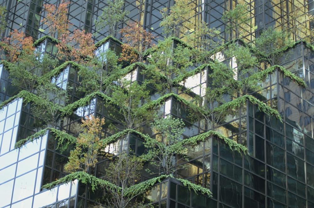 Детали фасада небоскреба Trump Tower в Нью-Йорке