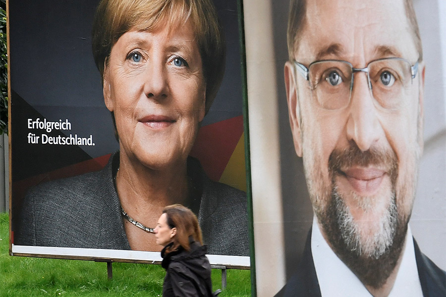 Предвыборные плакаты с Ангелой Меркель и Мартином Шульцем