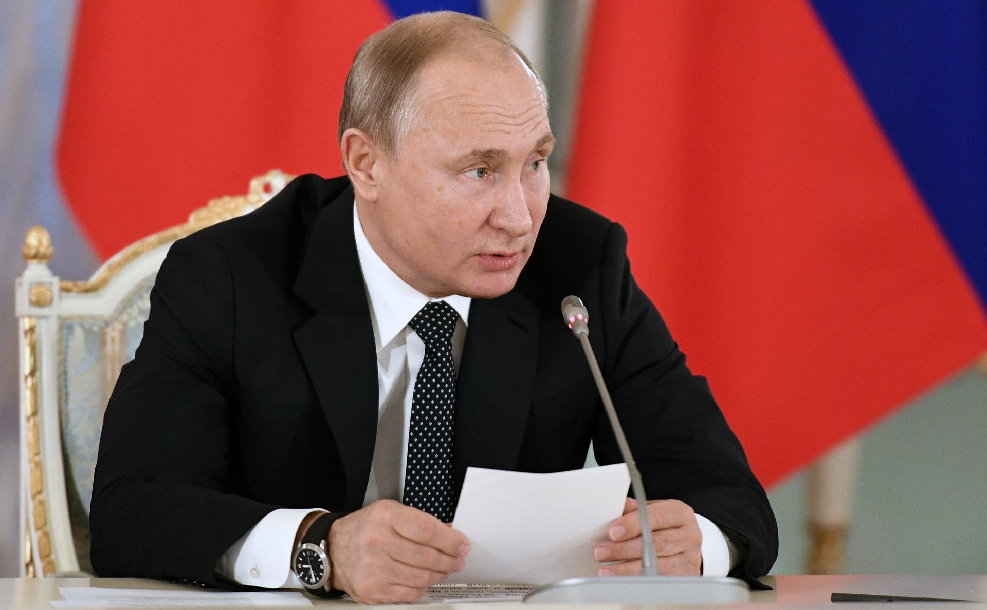Владимир Путинна заседании Совета при президенте по культуре и искусству