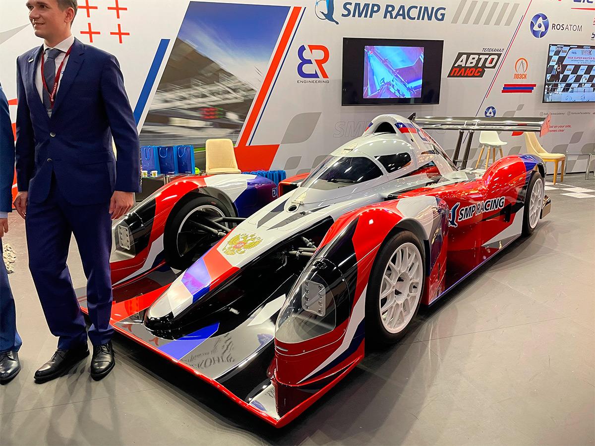 <p>SMP Racing BR03</p>