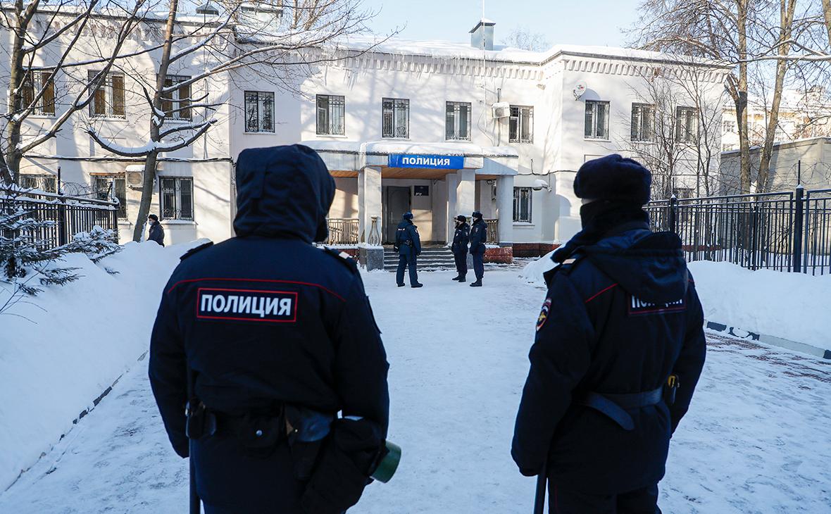 СМИ выявили 140 повторяющихся имен понятых в наркотических делах в Москве