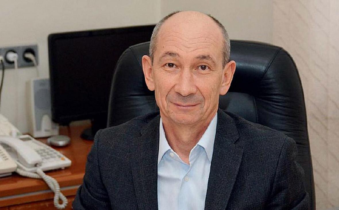 Анатолий Константинов